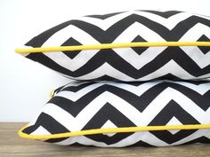 One black outdoor pillow cover geometric outdoor lumbar, black and white pillow outside bench Black And White Living Room, Black And White Pillows, Black Cushions, Outdoor Fabric, Outdoor Chairs, Boat Organization, Green Master Bedroom, Outside Benches, Cushion Inspiration