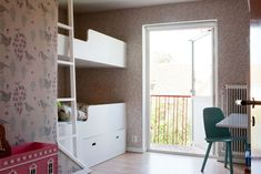 It is personal and stylish, with interesting art, vintage furniture and design pieces.