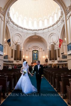 Traditional wedding ceremony at the Naval Academy Chapel
