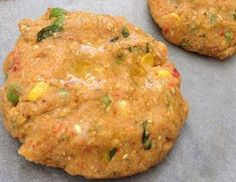 Potato-veggie patties-in Greek Veggie Dishes, Food Dishes, Food Network Recipes, Food Processor Recipes, Meals Without Meat, Vegetarian Recipes, Cooking Recipes, Cooking Food, Greek Cooking