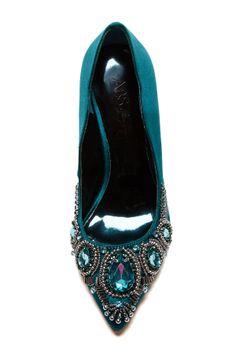 Bejeweled emerald pumps