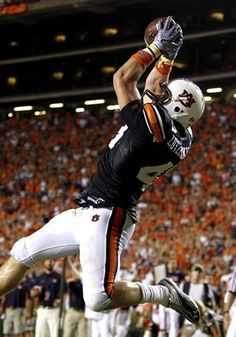 Philip Lutzenkirchen. #Auburn football  #NCAA #CollegeFootball  For Great Sports Stories, Funny Audio Podcasts, and Football Rules Tutorial www.RollTideWarEagle.com