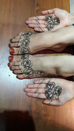 Zulfas_henna Leg Henna, Leg Mehndi, Legs Mehndi Design, Foot Henna, Mehndi Design Photos, Beautiful Mehndi Design, Hand Henna, Finger Henna, Henna Mehndi