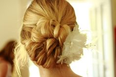 Ivory Feather Hairpiece With Swarovski Crystal Accents, 31% off | Recycled Bride