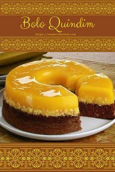 Bolo Quindim Delicious Desserts, Dessert Recipes, Yummy Food, Brazillian Food, Cakes Plus, Cheesecake Cake, Yummy Cakes, Sweet Recipes, Cupcake Cakes