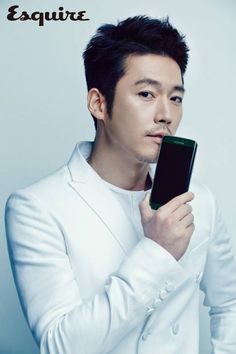 Jang Hyuk is the ruggedly handsome model for 'Esquire' | http://www.allkpop.com/article/2015/06/jang-hyuk-is-the-ruggedly-handsome-model-for-esquire