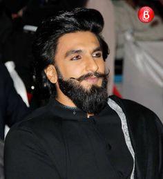 Was Ranveer Singh flaunting his Padmavati look at Umang 2017 sahil. Ranveer Singh Padmavati, Ranveer Singh Hairstyle, Hrithik Roshan Hairstyle, Deepika Ranveer, Bollywood Couples, Bollywood Gossip, Bollywood Stars, Girl Celebrities, Bollywood Celebrities