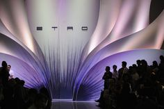Stage design with organic shape, soft colors