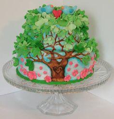 Love bird fondant cake