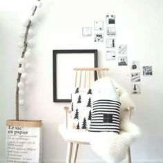 20 Ways to Spice Up Any White Wall in Your Home   StyleCaster Home Design, Interior Design, Decoration Inspiration, Room Inspiration, White Rooms, White Walls, Diy Home Decor, Room Decor, Wall Decor