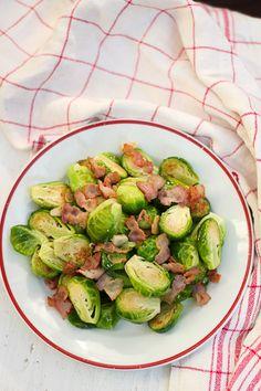 Brussels sprouts and ham. http://www.jotainmaukasta.fi/2013/09/05/rakas-ruusukaali/