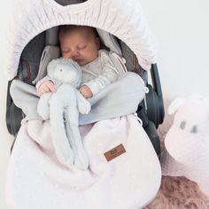 Baby´s Only lämpöpussi ja kuomusuoja. Baby Items, Baby Car Seats, Children, Tees, Young Children, Chemises, Tee Shirts, Kids, Teas