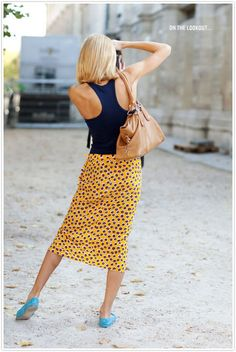 summer travel style ... i love the bright blue ballet flats!