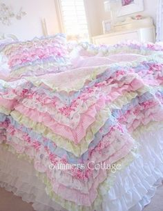 SHABBY COTTAGE COLORS CHIC PETTICOAT RUFFLES TWIN or QUEEN QUILT SET