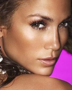 "How to achieve a ""glowy or dewy look"" and still keep your favorite foundation. - Jennifer Lopez makeup"