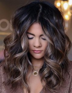 Balayage Brunette, Brunette Hair, Balayage Hair, Hair Color And Cut, Brown Hair Colors, Haircuts For Medium Hair, Hair Color Highlights, Fall Hair, Gorgeous Hair