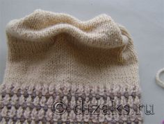 Вязаная шапка с бантом спицами для начинающих Kids And Parenting, Tricks, Baby Knitting, Knitted Hats, Model, Watches, Fashion, Crochet Coat, Baby Things