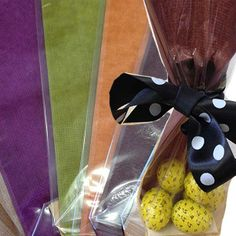 Cellophane gift bags! www.bakerscreations.com #easter #chocolate #BakersCreations