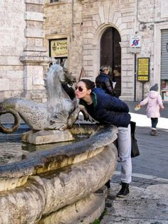 Natalie Justine : Winter Chilling in Italia Medieval Fortress, Sandy Beaches, Chilling, Scenery, Lion Sculpture, Europe, Statue, Winter, Beautiful
