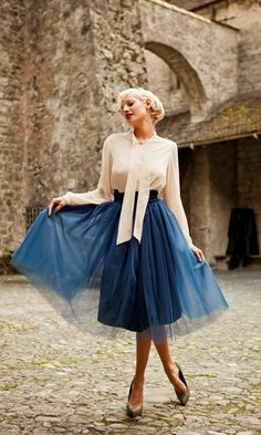 What a lovely skirt for winter!