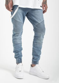 """The Coutie Biker Denim Jogger Pant in our new color """"Blue Wash"""" is made out of premium denim with a sandwash finish, innovative & new biker panels and YKK-zippers on the elastic cuffs Best Mens Joggers, Boys Joggers, Skinny Joggers, Skinny Jeans, Denim Jogger Pants, Bermudas Shorts, Jean Joggers, Denim Jeans, Jogg Jeans"""