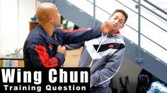 Wing Chun Techniques - How to deal with a hook. Wing Chun Martial Arts, Self Defense Martial Arts, Kung Fu Martial Arts, Self Defense Tips, Self Defense Techniques, Kung Fu Techniques, Martial Arts Techniques, Wing Chun Training, Krav Maga