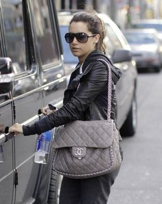 Ashley Tisdale Quilted Leather Bag - Ashley Tisdale hit the gym with a gray chain-trimmed Chanel bag. Burberry Handbags, Chanel Handbags, Luxury Handbags, Fashion Handbags, Fashion Bags, Fashion Purses, Clutch Handbags, Burberry Bags, Luxury Bags