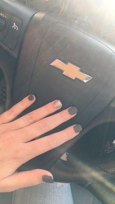Dark grey • matte • ring finger sparkle • acrylic nails • short