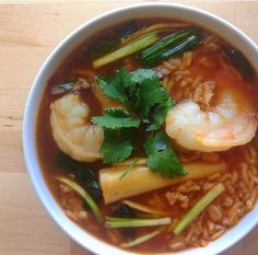 Vietnamese Tomato Rice Soup with Shrimp | NutrientsYouFools.com