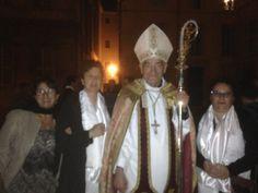 Le samedi 14 mai à la Cathédrale d'Aix-en-Provence a eu lieu la confirmation de 65 adultes. De notre paroisse, Corinne, Barbara, Jennifer, Samia, Stella ont reçu la confirmation de Mgr Dufour. Nous rendons grâce avec elles !