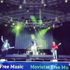 Intrépidos Navegantes (ganadores del Concurso de Bandas) - Movistar Free Music 2012 en el Planetario Galileo Galilei (Buenos Aires)