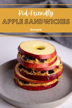 Kid-Friendly Apple Sandwiches Healthy Dinner Options, Clean Eating Recipes For Dinner, Healthy Snacks For Kids, Healthy Treats, Yummy Snacks, Clean Eating Snacks, Snack Recipes, Healthy Eating, Yummy Food