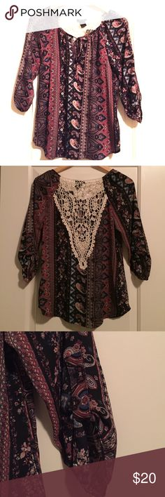 NWT Beautiful Printed Boho Peasant w Lace sz S Brand new!! Super cute boho peasant with amazing details including a tie neckline, contrast chemical lace piece at the back, sleeve tabs, raglan sleeves and a slightly curved bottom hem. The perfect day to night piece! Tops Blouses