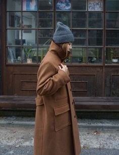 Awesome Urban Style Fashion Death by Elocution///// What a coat....mysterious, cocooning, warm, hidden, all ... Check more at http://24myshop.tk/my-desires/urban-style-fashion-death-by-elocution-what-a-coat-mysterious-cocooning-warm-hidden-all/