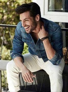 Cherry Season (Kiraz Mevsimi), soap - page 2 Turkish Men, Turkish Beauty, Turkish Actors, Handsome Celebrities, Handsome Actors, Tv Actors, Actors & Actresses, Cherry Season, Actor Studio