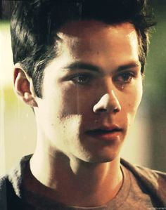 Dylan O'Brien Teen Wolf season 3 as Stiles Stiinski gif. He is so pretty. I can't