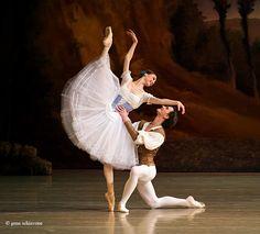 Svetlana Zakharova and Vladislav Lantratov in Giselle at The Mariinsky Theatre. Photo by Gene Schiavone / Светлана Захарова