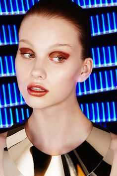 4 Star Wars Beauty Looks Your Inner Fangirl Will Love #refinery29 http://www.refinery29.com/star-wars-inspired-makeup-ideas#slide-13 The Inspiration: DroidThe Look: Gold MineInspired by the franchise's beloved artificial intelligence android, McGrath really went for it in her STAR WARS creation — gold hair, brows, cheeks — everything. For a look that's more of this world, Mellu...