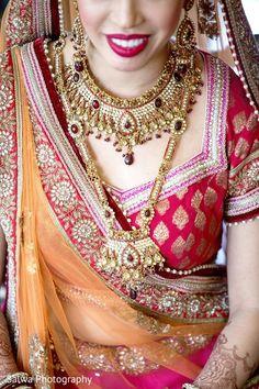 jewelry http://www.maharaniweddings.com/gallery/photo/64252 @salwaphoto