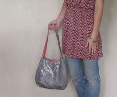 Sequin hobo bag. casual chic fashion. medium or by SmiLeStyles #etsy #sequins #bling #purse