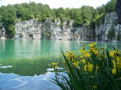 Elora Quarry Conservation area, Ontario, Canada a part of the Elora Gorge Trail… Wonderful Places, Great Places, Beautiful Places, Weekend Trips, Day Trips, Oh The Places You'll Go, Places To Visit, Canadian Travel, Park Trails