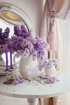 nelly vintage home: Beautiful purple blooms