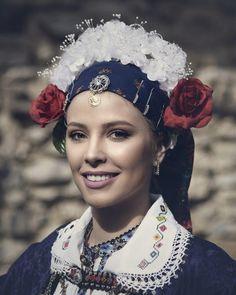 Greek woman in folk clothing. This costume is from Macedonia Kozani (Greece), It's called Lazarina. Λαζαρίνα Κοζάνης Greek Traditional Dress, Traditional Outfits, Folk Clothing, Greek Clothing, Mediterranean People, Folk Dance, Folk Costume, Dance Costumes, All Things