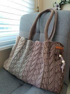 코바늘가방- 가을가득 담은 코바늘가방/ 브라운빅백 : 네이버 블로그 Macrame Supplies, Macrame Bag, Cotton Rope, Knitted Bags, Crochet Projects, Purses And Bags, Weaving, Reusable Tote Bags, Knitting