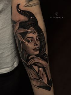 Фото тату Саша Сорса Real Tattoo, I Tattoo, Maleficent, Face Tattoos For Women, Letras Tattoo, Bishop Rotary, Girl Face Drawing, Medusa Tattoo, Tattoo Script