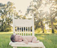Amy Martin Photography : newborn photography outdoors