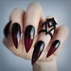 Gradient Nails With Bold Shade Combin. - Gradient Nails With Bold Shade Combination ❤️ Long nails are the perfect canvas. In case you are look Gradient Nails, Matte Nails, Glitter Nails, Fun Nails, Acrylic Nails, Nail Art Designs, Acrylic Nail Designs, Nails Design, Halloween Nail Designs