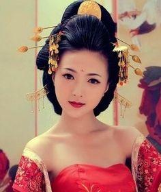 China: Tang Dynasty (618–906) Traditional Tang Dynasty Wedding dress