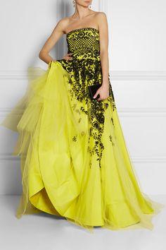 Oscar de la Renta  Embroidered tulle and silk-faille gown