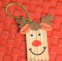 Adorno de Navidad para niños – Reno con palitos de helado